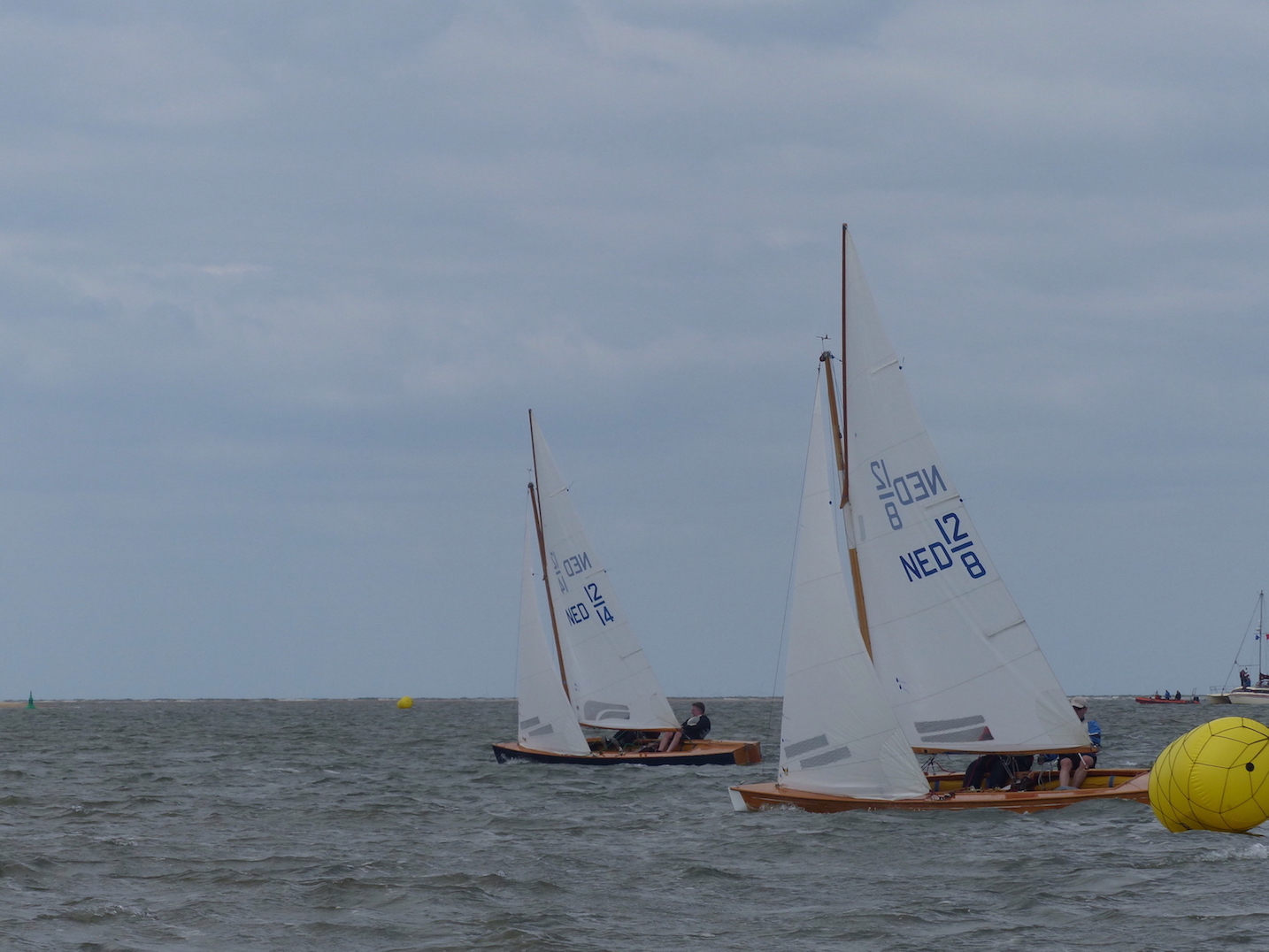 WSC Dutch boats passing mark